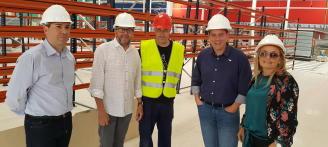 El alcalde Xàtiva, Roger Cerdà, visita las obras del nuevo Family Cash