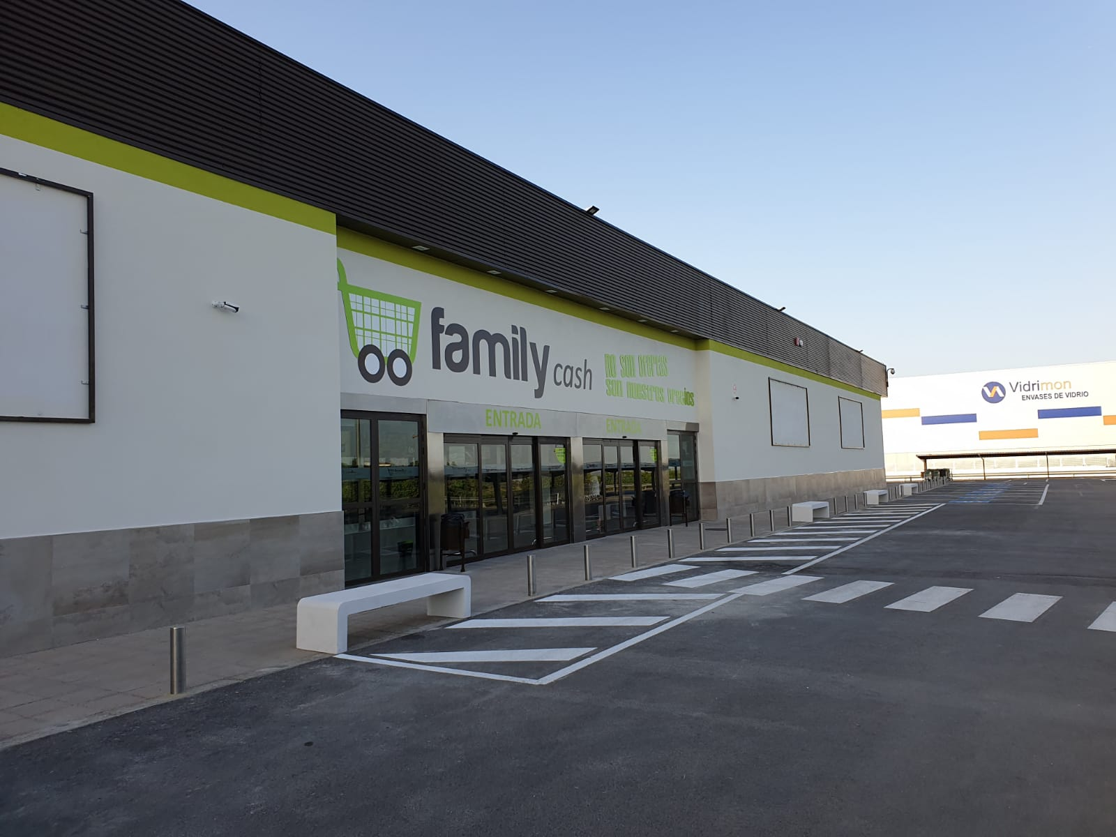Apertura de Family Cash Montilla en Córdoba