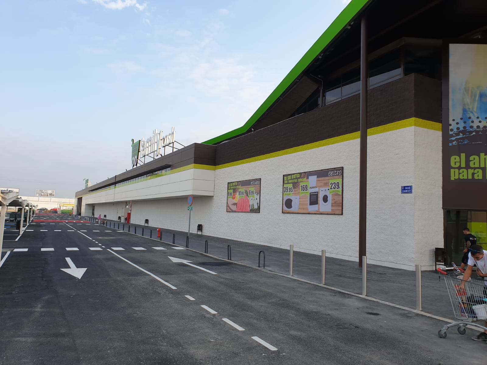 Apertura de Family Cash Molina de Segura en Murcia