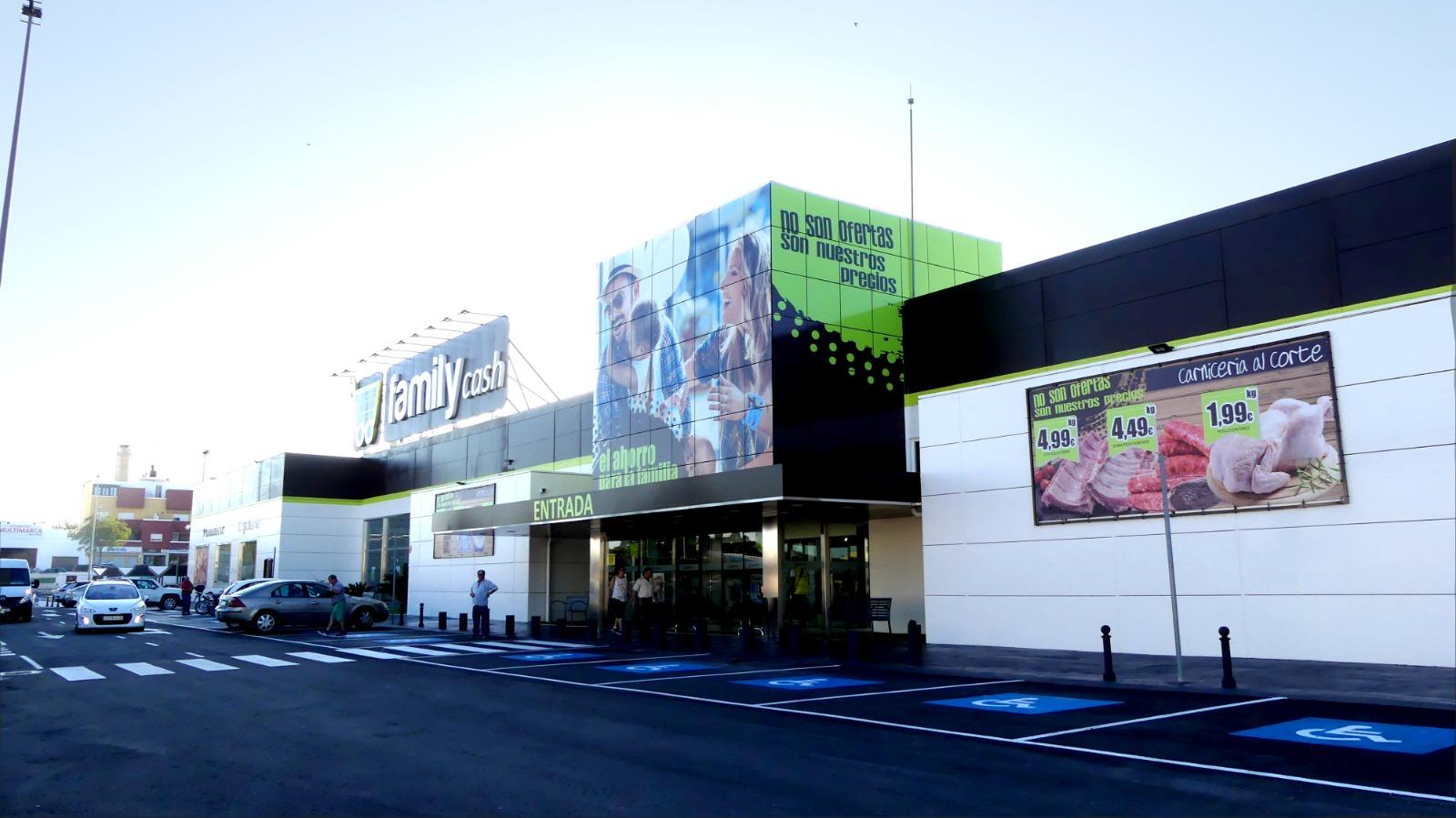 Apertura de Family Cash Morón de la Frontera en Sevilla